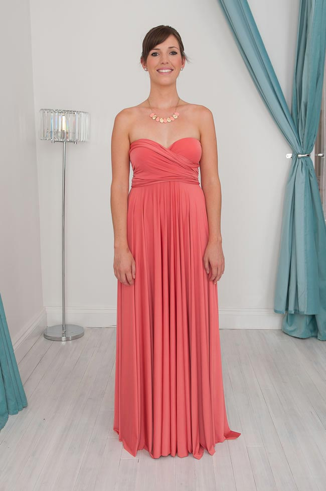 The strapless Infinity Dress style